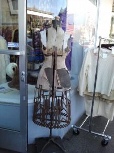 Piedmont Ave Mannequin