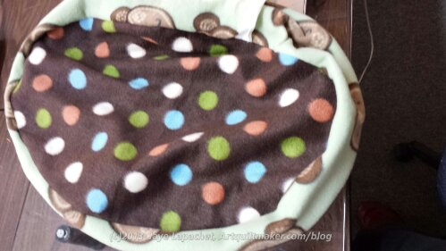 Monkey Dot Cat Bed
