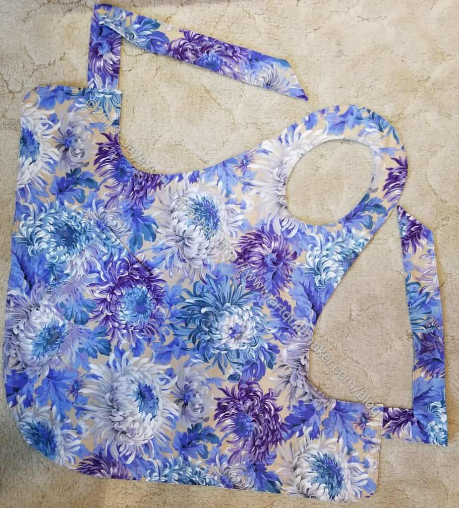 Flapper apron - Chrysanthemum side